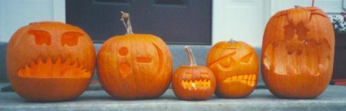 2001 Halloween jack-o-lanterns